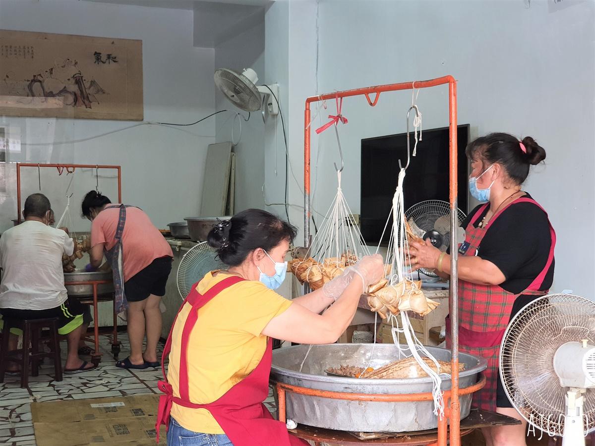 十八王公吃粽子:林蜂肉粽 50年餘的老店