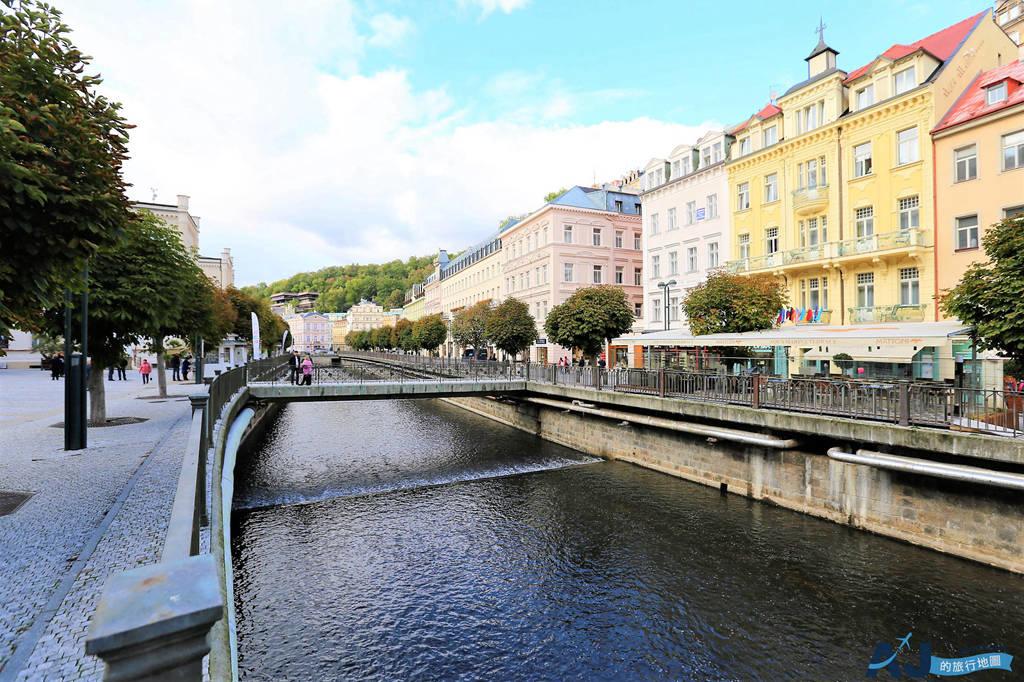 捷克溫泉鎮Karlovy vary 卡羅維瓦利:交通、喝溫泉水、吃溫泉餅、住溫泉飯店