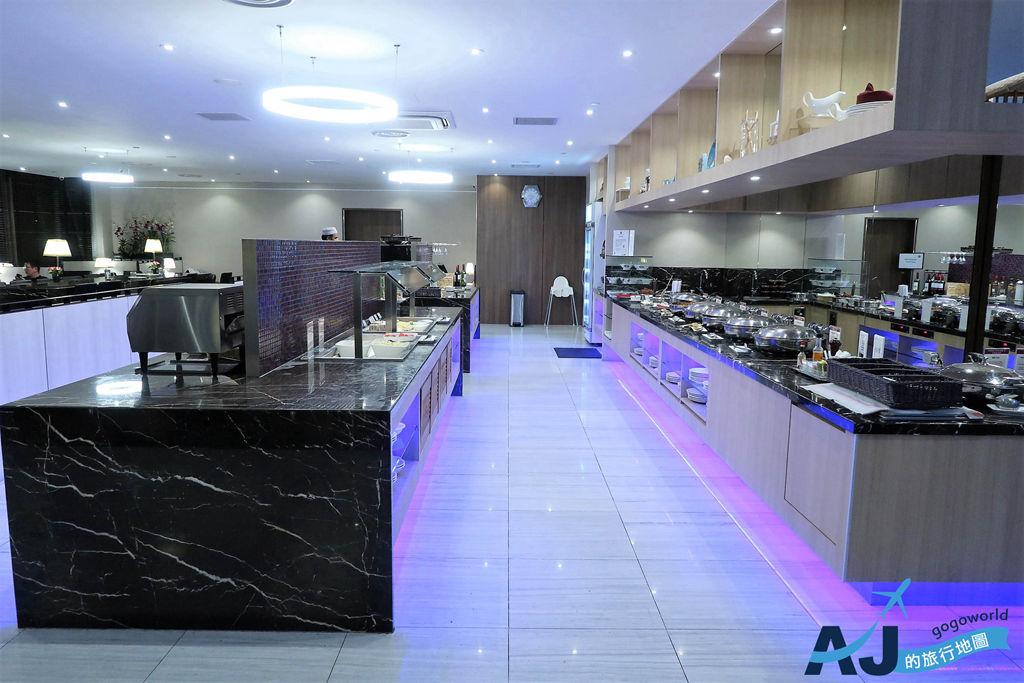 新加坡樟宜機場第2航廈貴賓室:SATS PREMIER LOUNGE 餐廳/淋浴間分享 新貴通PP卡進入