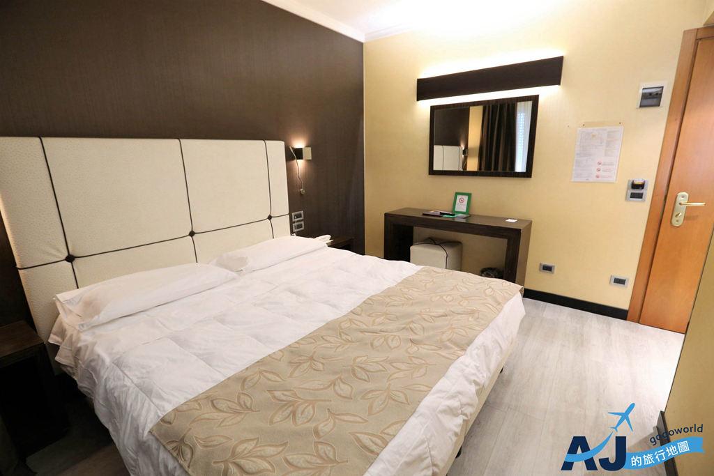 (威尼斯梅斯特住宿推薦)安巴夏特利酒店 Hotel Ambasciatori 雙人房/交通分享 近超市大賣場