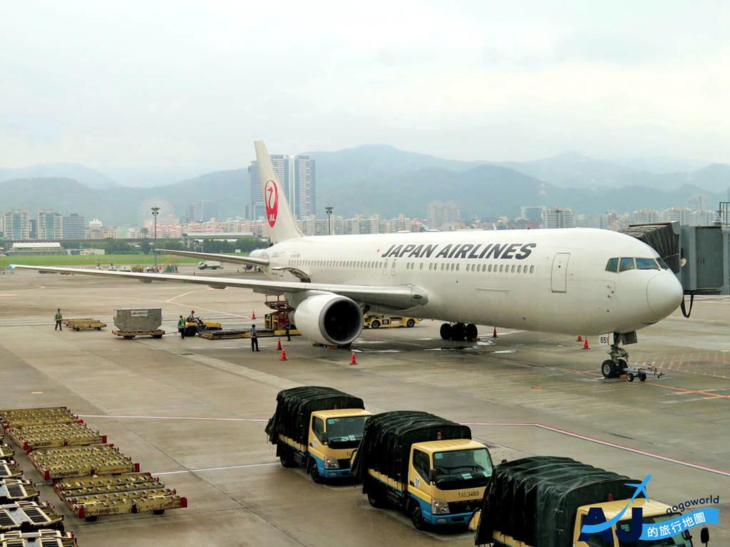 日本航空 JL98 台北松山TSA>東京羽田HND 經濟艙飛機餐、商務艙、托運行李、飛行經驗分享