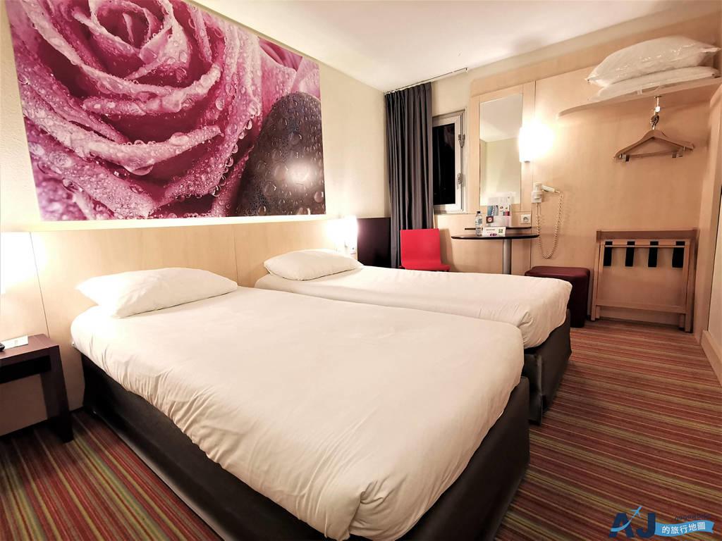 巴黎便宜住宿:宜必思時尚巴黎戴高樂飯店 (Ibis Styles Paris Roissy Cdg Hotel) 雙床房、早餐、交通、免費接駁車分享
