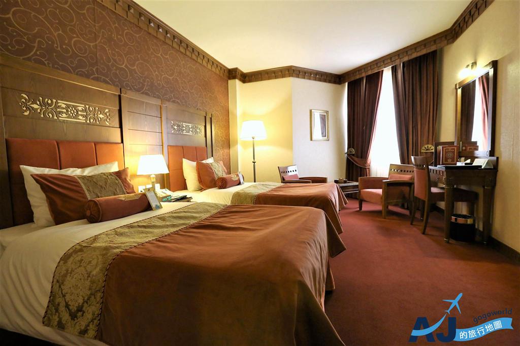 (設拉子飯店推薦)Zandiyeh Hotel Shiraz 雙人房、早餐、午餐、晚餐分享 近卡里姆汗堡