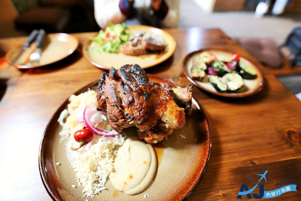 (庫倫諾夫CK美食)Krcma Marketa 城堡花園人氣餐廳 炭烤豬腳、牛排好吃