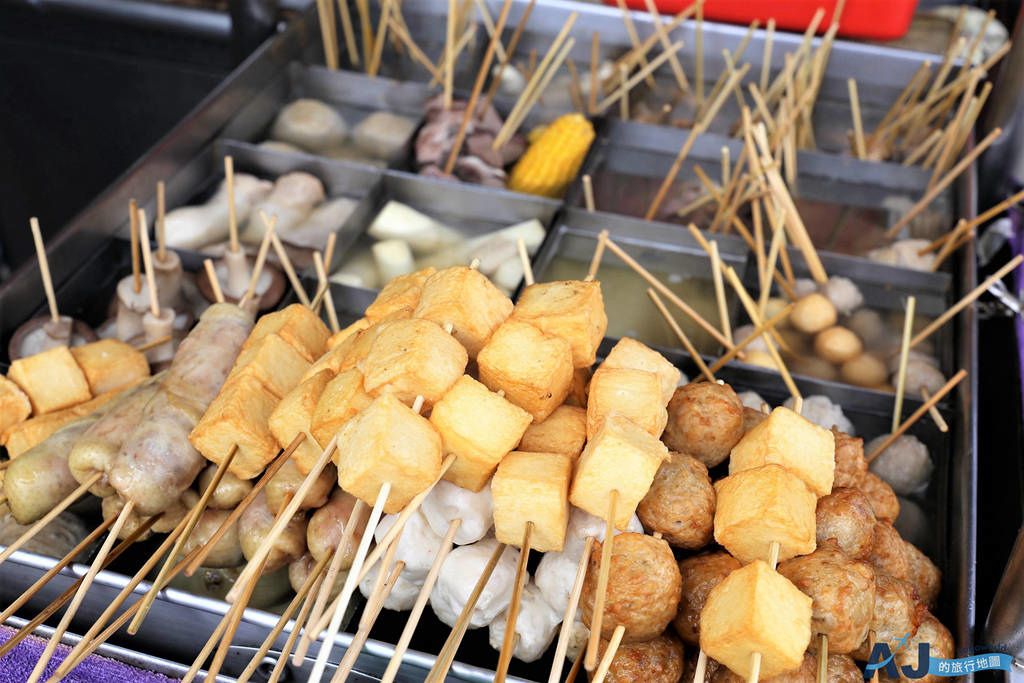 (澎湖馬公美食)阿豹香腸攤 關東煮、烤香腸米腸、燙小卷好吃 營業時間、菜單分享