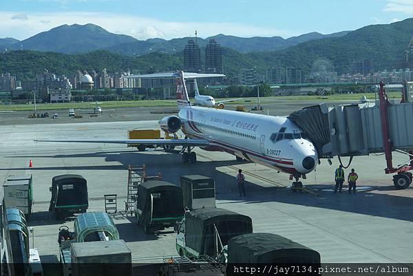 2012-07-25  遠東航空  TSA<>MZG